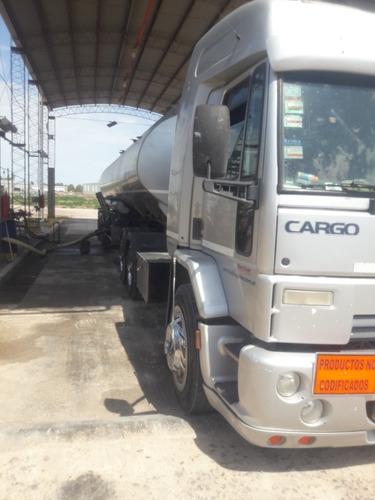 camión con trabajo