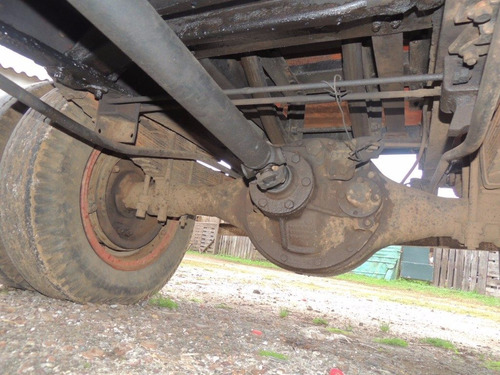 camión con volcadora