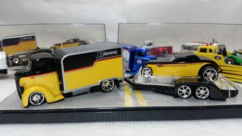 camion de coleccion jada escala  1/64 set de 03 pzas diorama
