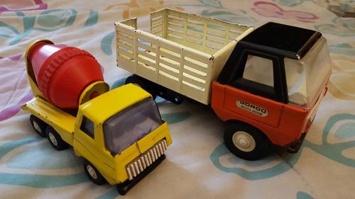 camión de juguete antiguo de lata gorgo vintage retro
