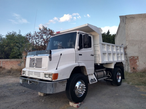 camion de volteo mercedez benz 1619 color blanco