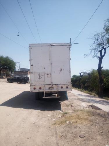 camion dina