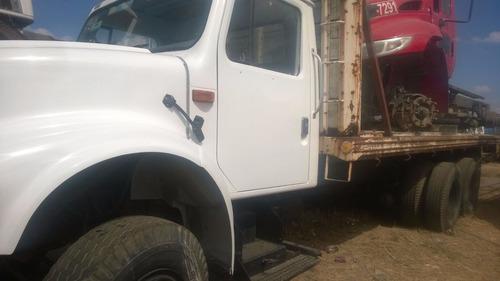 camion dina modelo 2000 motor navistar muy bueno