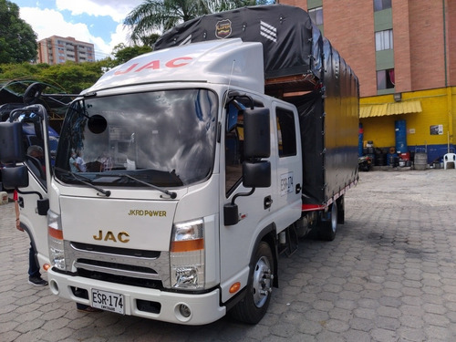 camion doble cabina jac