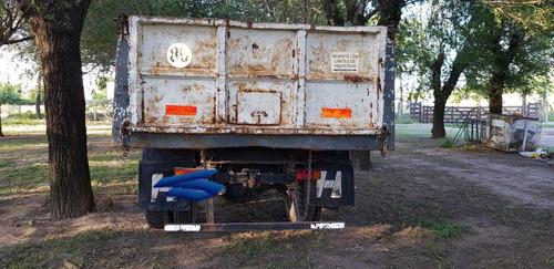 camión dodge 800 año 1970 con caja volcadora en cordoba