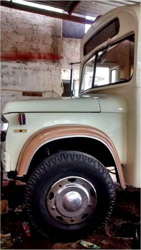 camión dodge modelo 73