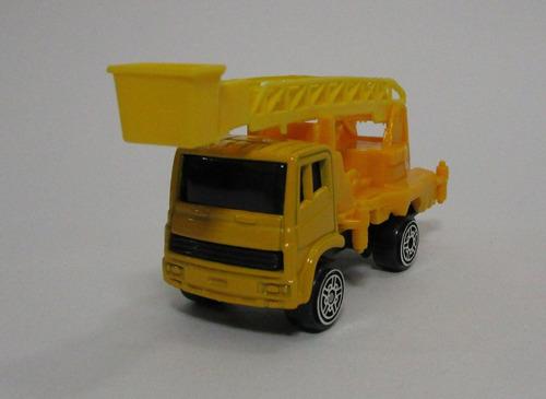 camion escalera a escala miniatura de coleccion a4