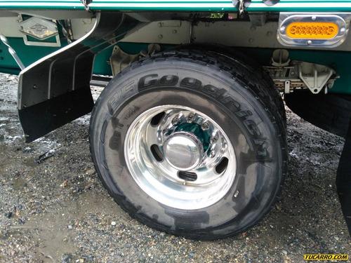 camion estacas internacional 4700