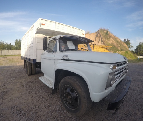 camion ford 600