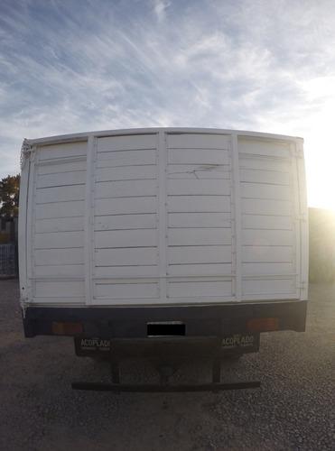 camion ford 600   muy buen estado