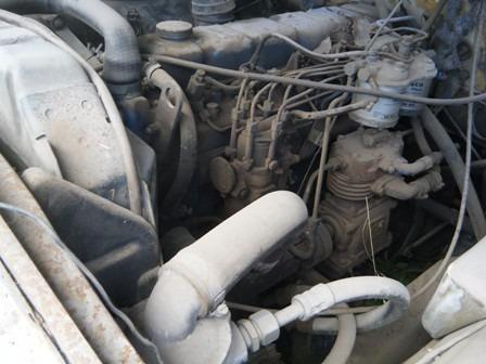 camion ford 7000 con hidroelevador 1982