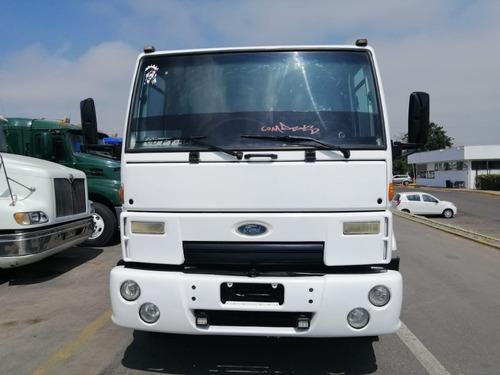 camión ford cargo 4532, año 2010, 400.000 kilometros