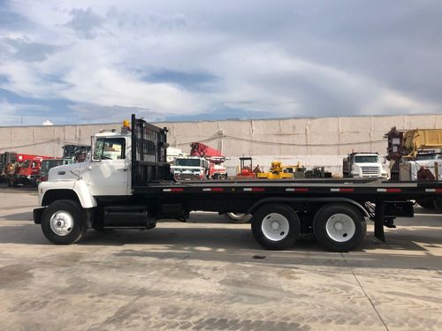 camion ford l8000 mod. 1990 con plataforma rollback