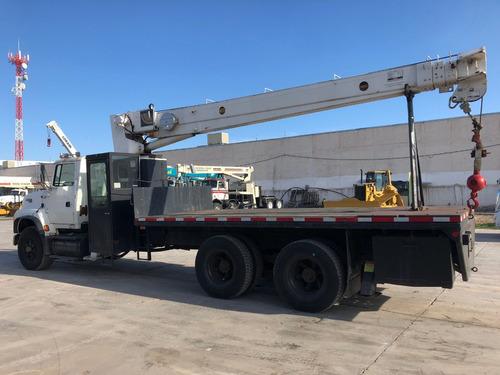 camion ford lts9000 con grua titan ro de 15 toneladas