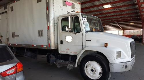 camion freightliner fl70 2001.