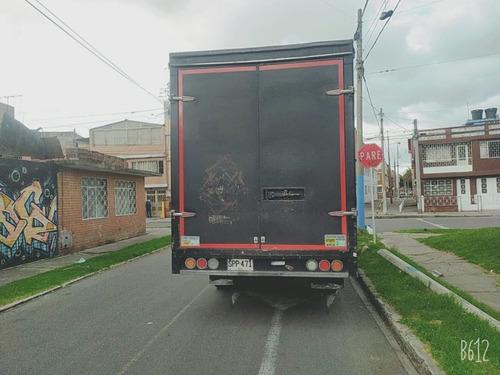 camion furgonado
