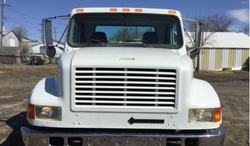 camion grua de plataforma international