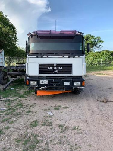camion grua marca man, modelo 2001