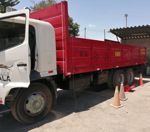 camion hino 2626