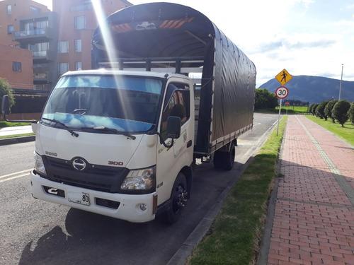 camión hino dutro max modelo 2014