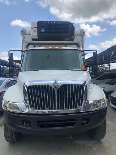 camión international 4300 2006