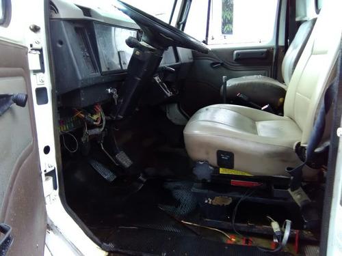 camión international 4700