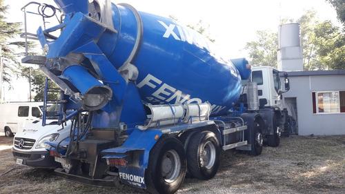 camion iveco 8x4 con mixer o con  volcadora jlg