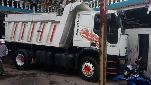 camion iveco cavallino
