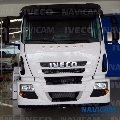 camion iveco tector