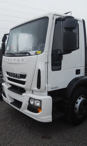 camion iveco tector attack 150e21 4 cilindros