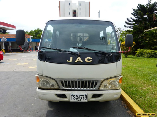 camion jac doble cabina