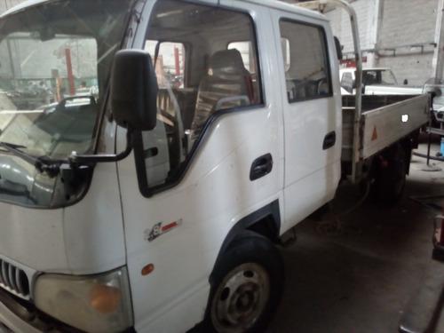 camión jac doble cabina pbt 5000kg.