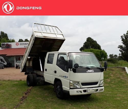 camión jmc doble cabina con volcadora 2016