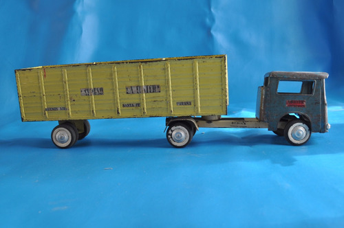 camion juguete antiguo