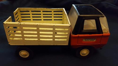 camión juguete antiguo
