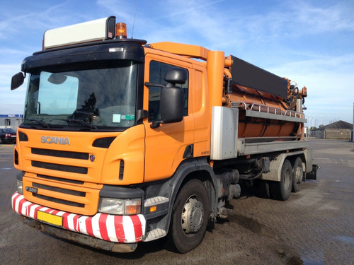 camión limpia fosas-hidrojet,scania p380 6x2  en venta