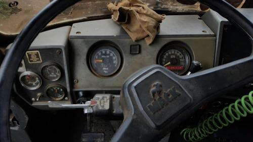 camion mack r-600