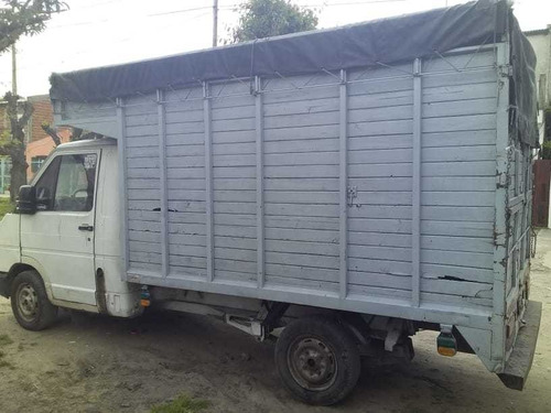 camion marca renaut rodeo diesel 1999