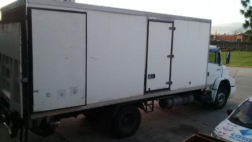 camión mercedes benz 1314/51 todo 1218 r con pala hidráulica
