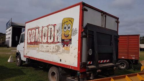 camion mercedes benz 710 / 02 con furgon y plancha trasera !