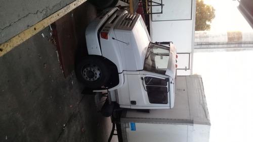 camión mercedes benz