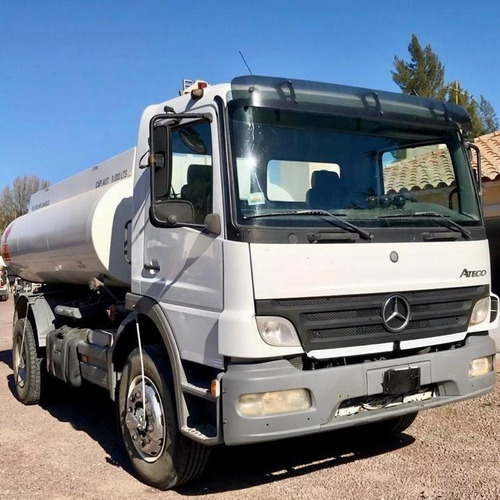 camion mercedes benz atego 1725 c/tanque ´11 $ 1750000