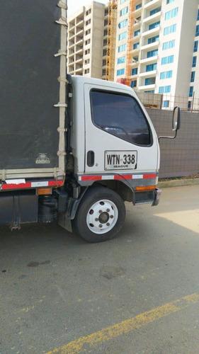 camion mitsubishi canter fe659 misma capacidad que npr
