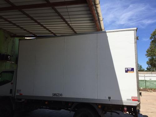 camión mitsubishi furgón refrigerado nuevo