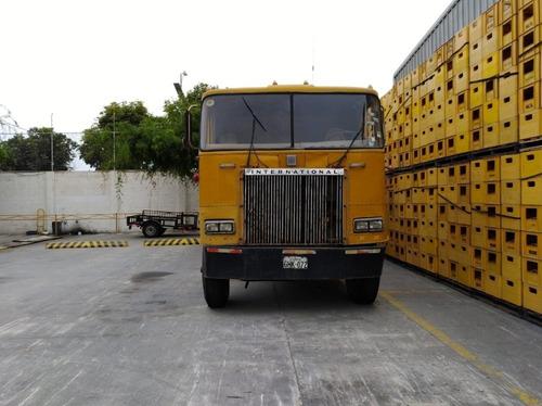 camión mula internacional de 48 toneladas