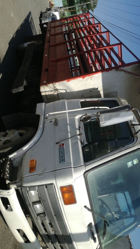camion nissan (casi regalado)