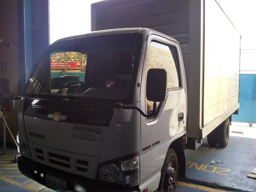 camion nkr 2010 35899 klm new