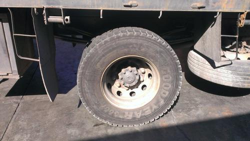 camion pickman, plataforma con grua