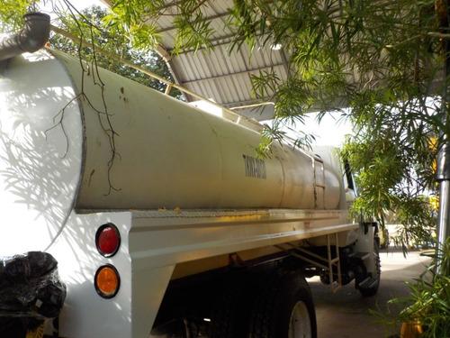 camion pipa para agua