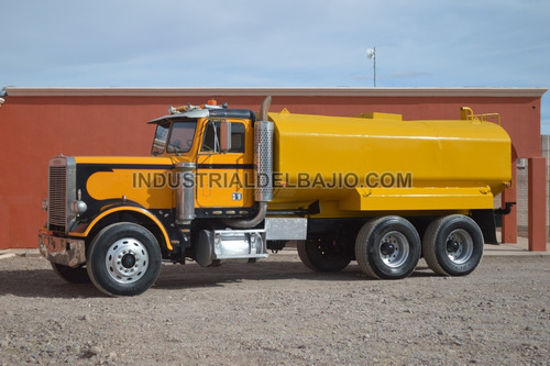 camion pipa para agua freightliner  flt11564t  1980 peter